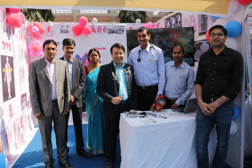 33RD INSTITUTE DAY CELEBRATION - HEALTH EXHIBITION: HE11